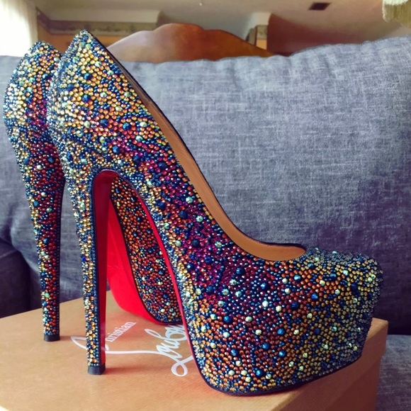 competitive price becd2 1b37e Christian Louboutin Daffodile Strass 160 Size 38 NWT